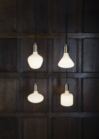 Tala Presents the Contemporary Porcelain Range. To see more news about lighting, subscribe our newsletter right now! #tala #talaled #porcelainrange #lightingbrands #luxurybrands #livingroomdecor #apartmentdecoratingideas #maisonetobjet2018 #lightinglamps