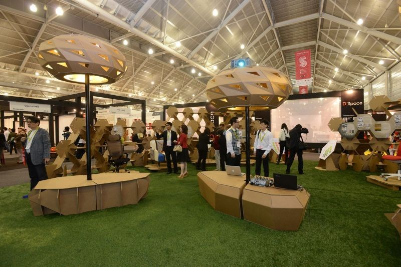The Premium Return of the International Furniture Fair Singapore. To see more news about furniture trade fairs, subscribe our newsletter right now! #internationalfurniturefairsingapore #aseanfurnitureshow #nookasia #designevents #asiandesignevents #furnituretradefairs #asianfurnitureevents - International Furniture Fair Singapore