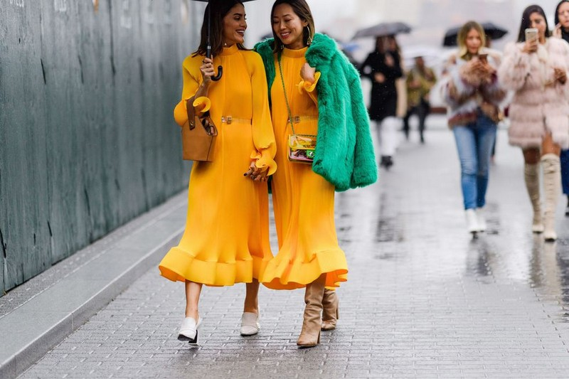 Spring Trends 2018: 7 Outfit Ideas for the Rainy Days spring trends 2018 Spring Trends 2018: 7 Outfit Ideas for the Rainy Days Spring Trends 2018 7 Outfit Ideas for the Rainy Days 5