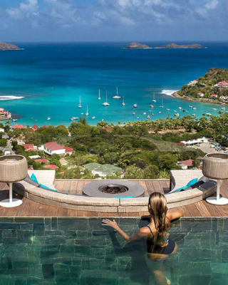 Travel to the 5 Best Luxury Destinations for 2018. To see more news about travel, subscribe our newsletter right now! #luxurydestinations #costasmeralda #hamiltonisland #macau #stbarthelemy #stbarth #venice #bestluxuryvacations #dreamdestinations #summervacations