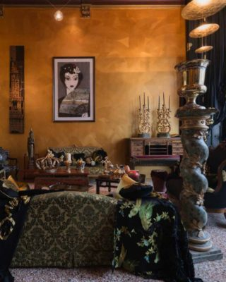 Top Design Projects: The Timeless and Intense Decor of a Venetian Home