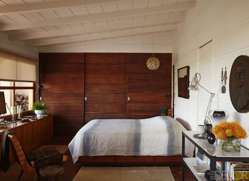 Mid-Century Modern Designs You Need to Try 28 mid-century modern bedroom 44 Mid-Century Modern Bedroom Designs You Need to Try Mid Century Modern Bedroom Designs You Need to Try 28