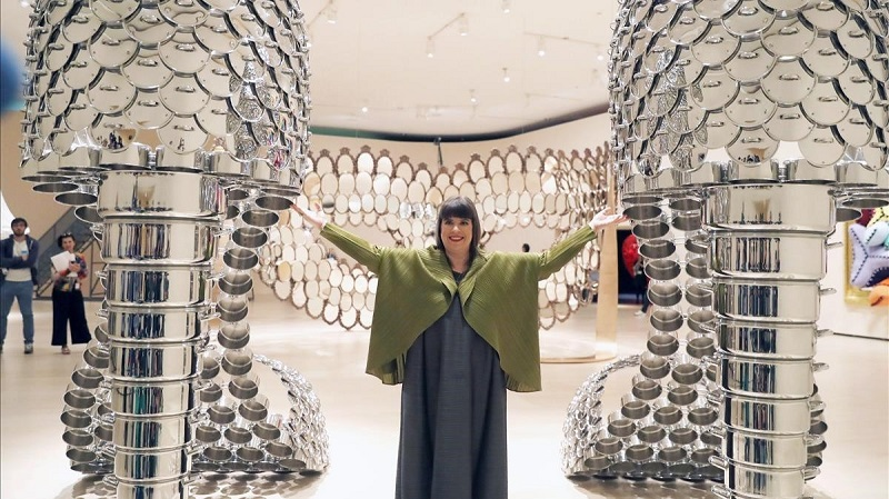 I'm your mirror by Joana Vasconcelos - I'm your mirror by Joana Vasconcelos At The Guggenheim Bilbao Museum ➤ #covetedmagazine #luxurymagazine #luxuryliving #interiordesign #homedecor #milandesignweek2019 #salonedelmobile2019 #isaloni2019 #maisonetobjet ➤ www.covetedition.com ➤ @covetedmagazine @bocadolobo @delightfulll @brabbu @essentialhomeeu @circudesign @mvalentinabath @luxxu @covethouse_ @rug_society @pullcast_jewelryhardware @bybrabbucontract I'm your mirror by Joana Vasconcelos I'm your mirror by Joana Vasconcelos At The Guggenheim Bilbao Museum I m your mirror by Joana Vasconcelos At The Guggenheim Bilbao Museum 2