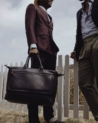 Luxury Shopping Guide: Montblanc Urban Racing Spirit Collection ➤ #covetedmagazine #luxuryshoppingguide #hermes2002bag #luxurygoods #luxurybrands ➤ www.covetedition.com ➤ @covetedmagazine @bocadolobo @delightfulll @brabbu @essentialhomeeu @circudesign @mvalentinabath @luxxu @covethouse_ @rug_society @pullcast_jewelryhardware @bybrabbucontract
