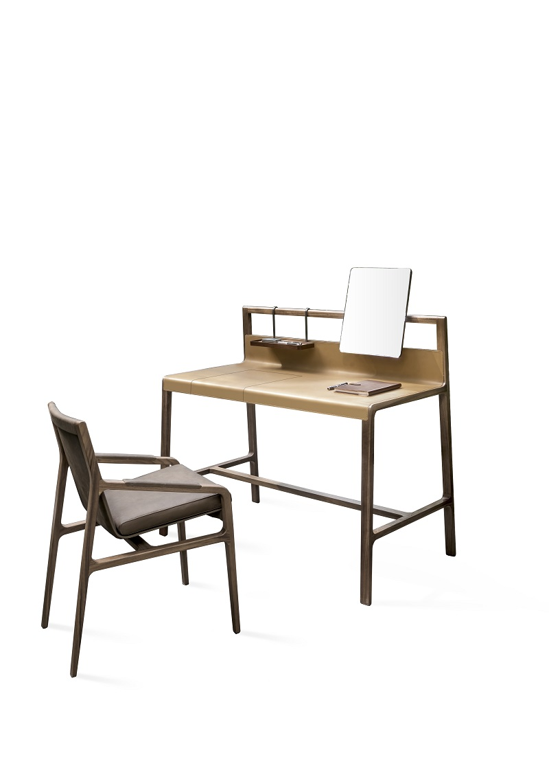 New Office With Scribe, The New Contemporary-style Desk by Alivar ➤ #covetedmagazine #luxurymagazine #luxuryliving #interiordesign #homedecor #milandesignweek2019 #salonedelmobile2019 #isaloni2019 #maisonetobjet ➤ www.covetedition.com ➤ @covetedmagazine @bocadolobo @delightfulll @brabbu @essentialhomeeu @circudesign @mvalentinabath @luxxu @covethouse_ @rug_society @pullcast_jewelryhardware @bybrabbucontract New Contemporary-style Desk by Alivar New Office With Scribe, The New Contemporary-style Desk by Alivar New Office With Scribe The New Contemporary style Desk by Alivar 1