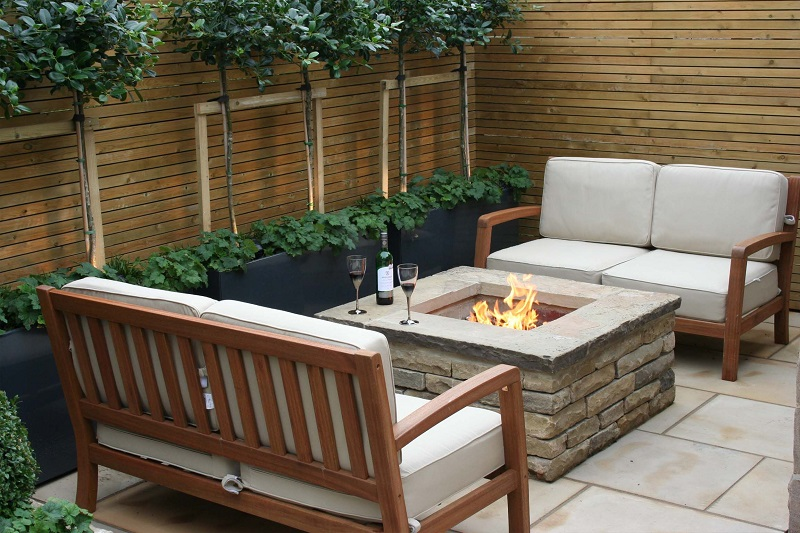 Top Garden Trends For 2018 To Revamp Your Luxury Outdoor Living Spaces ➤ #covetedmagazine #luxurymagazine #luxuryliving #interiordesign #homedecor #milandesignweek2019 #salonedelmobile2019 #isaloni2019 #maisonetobjet ➤ www.covetedition.com ➤ @covetedmagazine @bocadolobo @delightfulll @brabbu @essentialhomeeu @circudesign @mvalentinabath @luxxu @covethouse_ @rug_society @pullcast_jewelryhardware @bybrabbucontract Top Garden Trends For 2018 Top Garden Trends For 2018 To Revamp Your Luxury Outdoor Living Spaces Top Garden Trends For 2018 To Revamp Your Outdoor Refuge 2