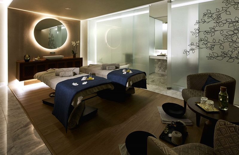 Step Into the Luxury World of Anantara SPA in Lisbon, Portugal ➤ #covetedmagazine #luxuryhotels #luxuryhotel #luxurysparesort #anantaraspa #secretsfromportugal ➤ www.covetedition.com ➤ @covetedmagazine @bocadolobo @delightfulll @brabbu @essentialhomeeu @circudesign @mvalentinabath @luxxu @covethouse_ @rug_society @pullcast_jewelryhardware @bybrabbucontract luxury world Step Into the Luxury World of Anantara SPA in Lisbon, Portugal Step Into the Luxury World of Anantara SPA in Lisbon Portugal 1