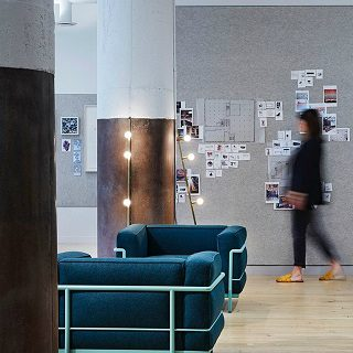 Be Inspired by This Interior Design Project by Studio BV ➤ #covetedmagazine #interiordesignproject #studiobv #interiordesign#homedecor #inspirations ➤ www.covetedition.com ➤ @covetedmagazine @bocadolobo @delightfulll @brabbu @essentialhomeeu @circudesign @mvalentinabath @luxxu @covethouse_ @rug_society @pullcast_jewelryhardware @bybrabbucontract