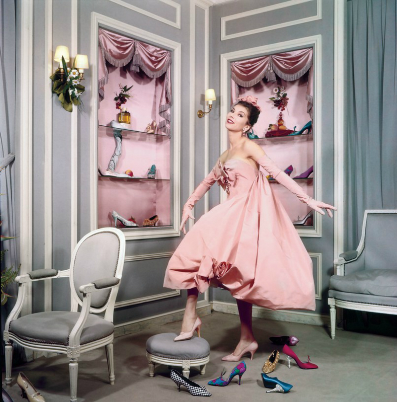 "Books We Covet: Inside The Newly Released ""Dior and His Decorators"" dior and his decorators Books We Covet: Inside The Newly Released ""Dior and His Decorators"" Books We Covet Inside The Newly Released Dior and His Decorators 2"