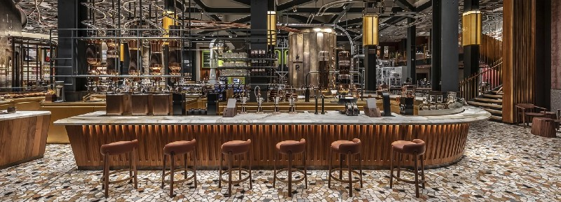Discover Italy's First Starbucks and Its Amazing Interiors amazing interiors Discover Italy's First Starbucks and Its Amazing Interiors Discover Italys First Starbucks and Its Amazing Interiors 1