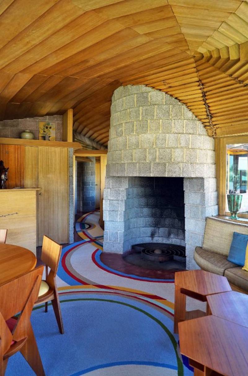 Frank Lloyd Wright-Designed Spiralling House Is an Architectural Gem 3