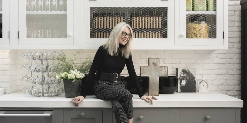 Celebrity Lifestyle Diane Keaton Designed Her Own Modern Rustic Home (2)