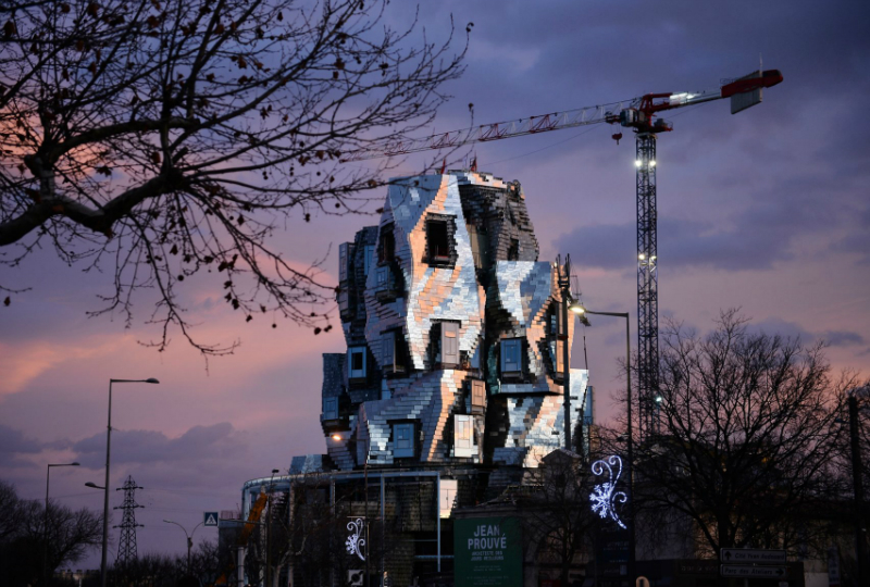 Frank Ghery's New Luma Arles Tower Is Taking Shape in France
