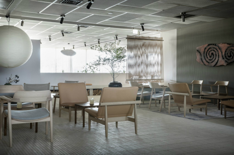 Inua, A Restaurant That Blends Japanese and Scandinavian Design Trends scandinavian design Inua, A Restaurant That Blends Japanese and Scandinavian Design Trends Tokyos New Restaurant Blends Japanese and Scandinavian Design Trends 4