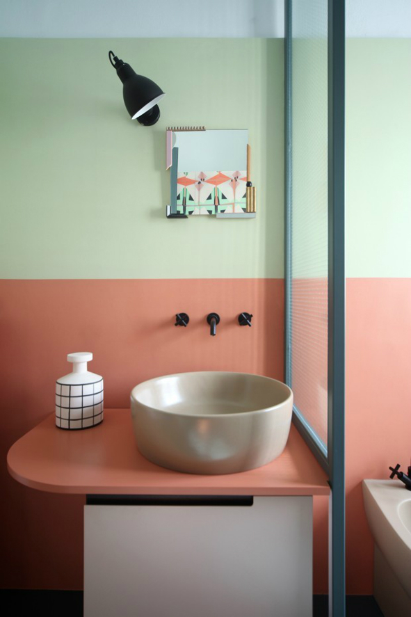 Bathroom Decor Inspirations Using Pantone's Colour of The Year 2019