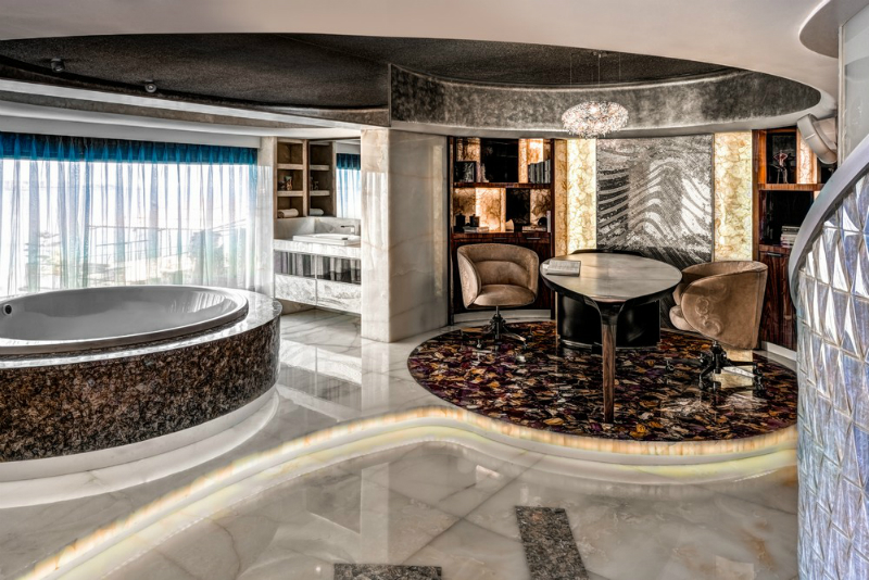 Step Inside A Luxury Apartment In Mumbai That Will Blow You Away