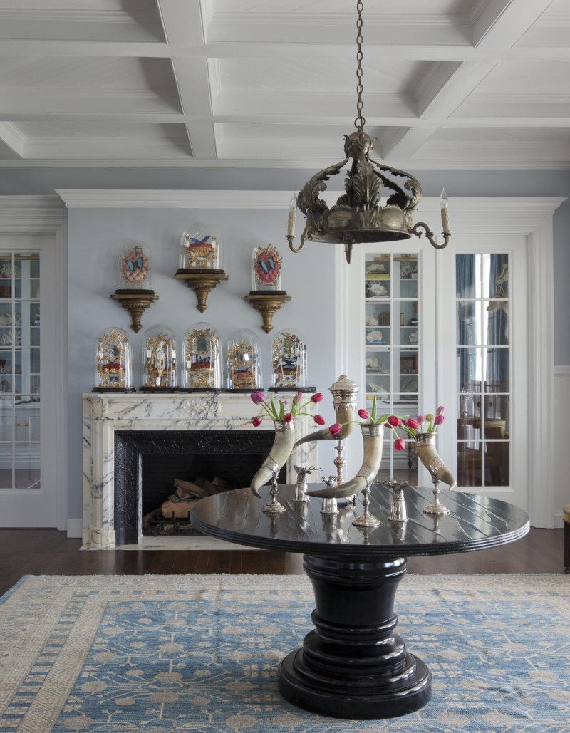 2019 Interior Design Trends By The Best Luxury Brands: Narragansett Beach House by Martyn Lawrence Bullard