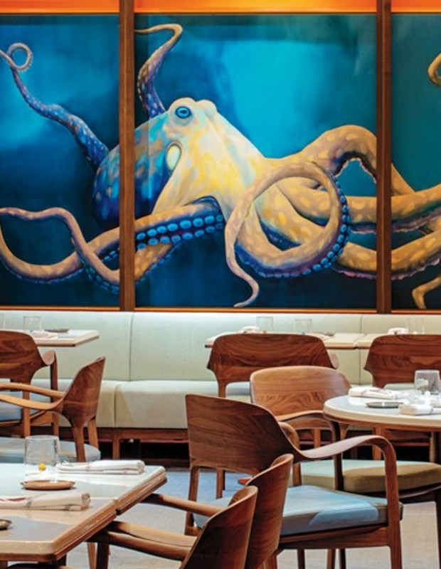 Let's check into the Restaurant Voyages at Morpheus Hotel