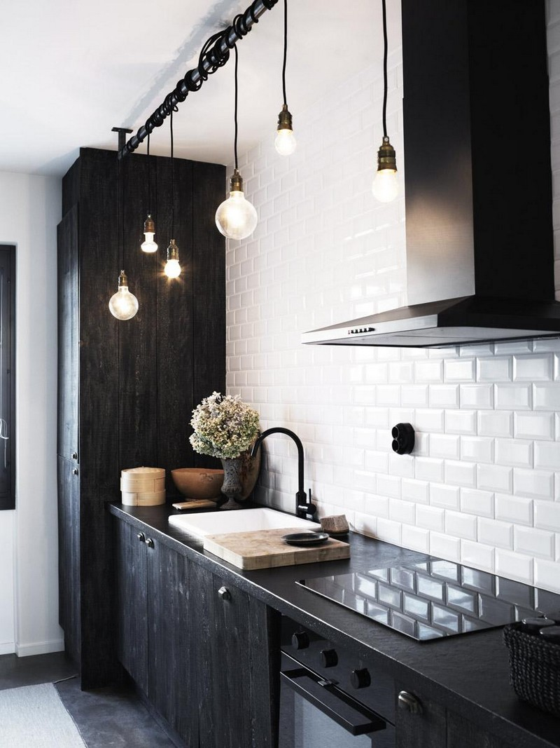 Lets-Take-a-Look-at-Some-Incredible-Black-Finishes-for-Kitchens_6