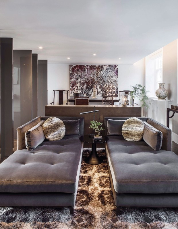 A Modern Apartment that Reflects the Style of Kelly Hoppen