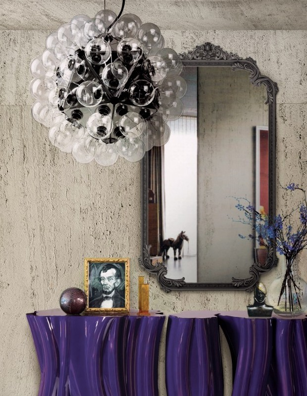 Check out some Amazing Mirrors to Glamorize your Bedroom