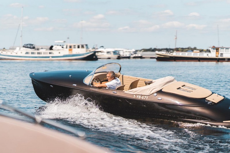 Hermes Speedster by Seven Seas Yachts at FLIBS 2019 1
