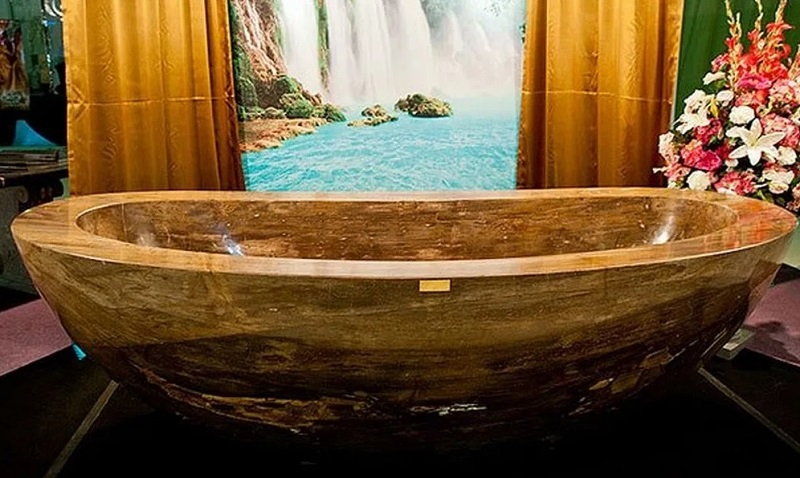 The Most Expensive Bathtubs For Luxury Bathrooms - Covet ...