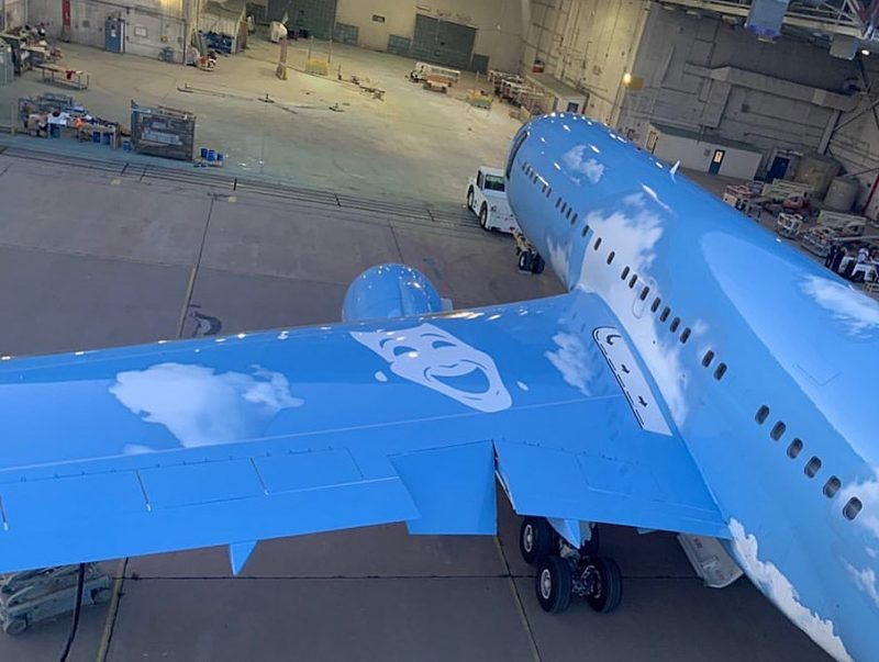Discover Drake's Luxury Jet Costumized by Virgil Abloh