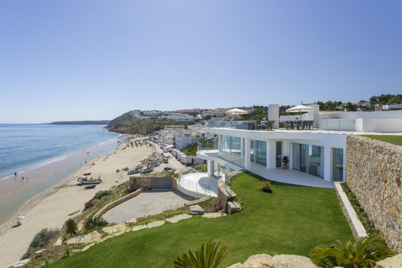 Vila Vita Hotel: Luxury, Elegant and Secluded Getaway in the Algarve   Vila Vita Hotel: Luxury, Elegant and Secluded Getaway in the Algarve Villa Alegria Exterior 1