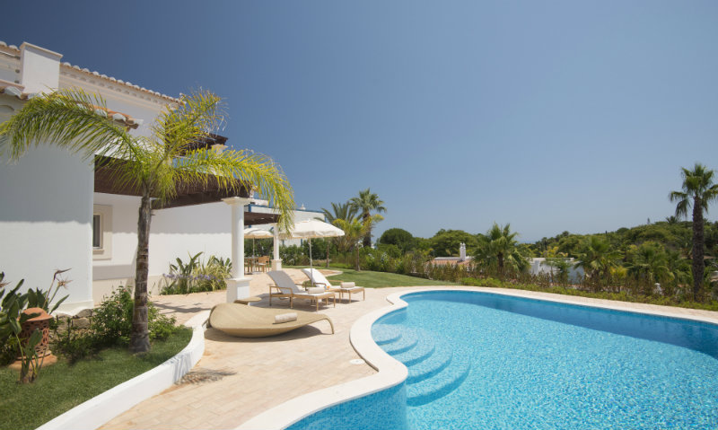 Vila Vita Hotel: Luxury, Elegant and Secluded Getaway in the Algarve   Vila Vita Hotel: Luxury, Elegant and Secluded Getaway in the Algarve Villa Atlantico Pool