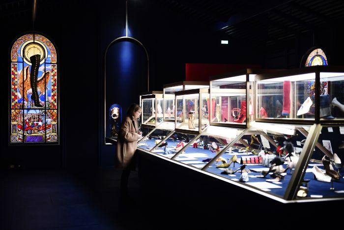 Christian Louboutin : L'Exhibition[nist]