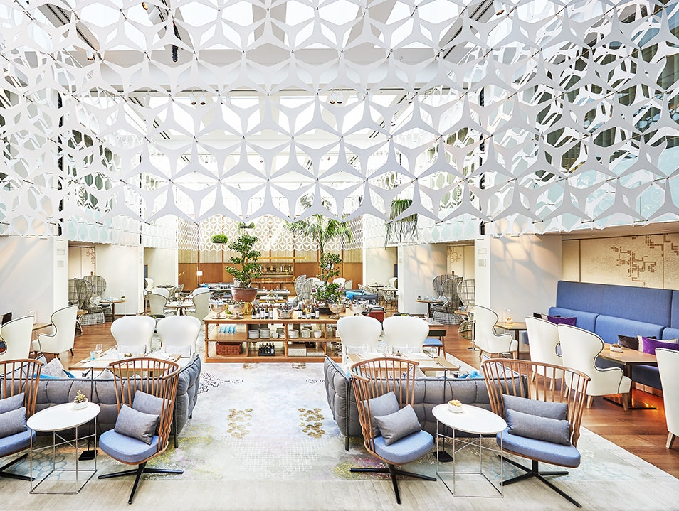Ready? These Are The Most Luxurious Hotel Lobby Designs
