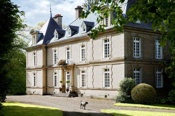 JEAN-LOUIS DENIOT EXPERTLY RESTORES A HISTORIC FRENCH MANOR