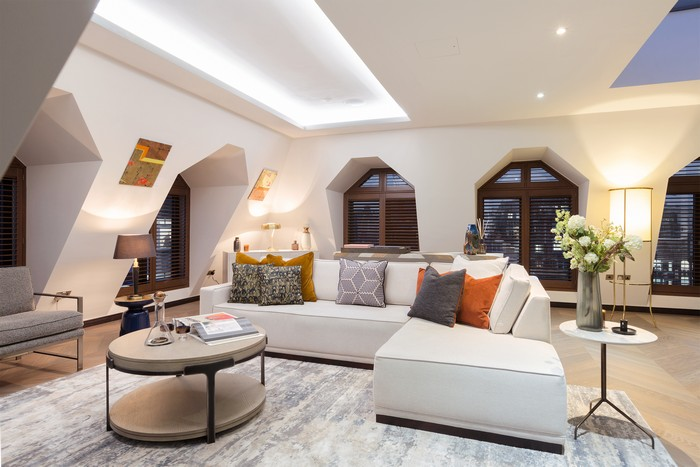 Golden Square Residences: The Quintessential Blend of Comfort and Luxury