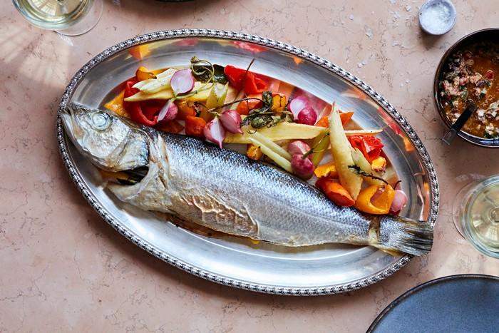FOLIE: More Than Phenomenal Food, A Real Sensory Experience