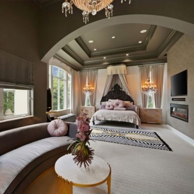 A ROMANTIC VIBE WITH ECLECTIC ACCENTS BY HILARY WHITE INTERIOR DESIGN