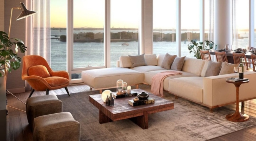 LIVING ROOM WITH STRONG WARM TONES