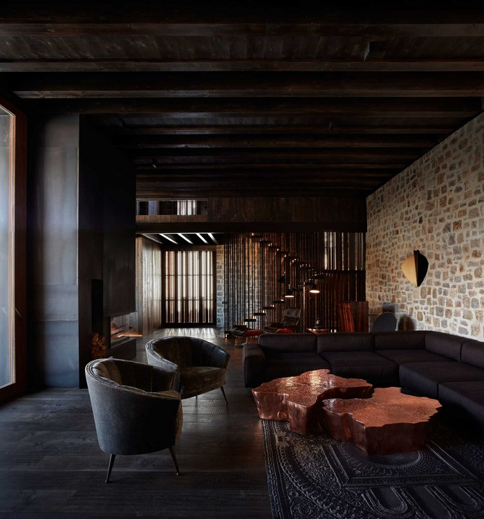 Project by Ramon Esteve: A Traditional Iberian House with a Modern Approach
